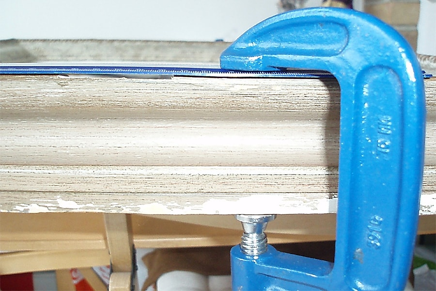 restoration begging - gluing frame corner side